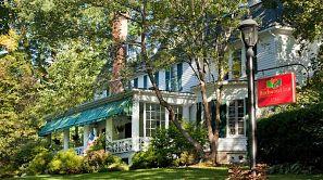 Birchwood Inn babymoon package in Massachusetts