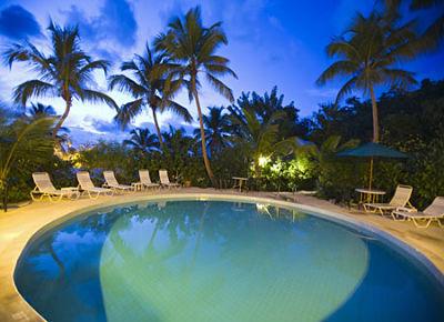 Intimate babymoon getaway on Tortola