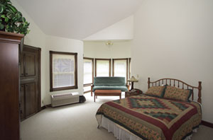 Spruce Hill Inn and Cottages - Cottage Bedroom